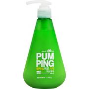 Зубная паста освежающая Breath Care Pumping Toothpaste 285 гр.